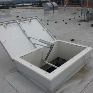 Skylights and RWA flaps - handover of the construction site